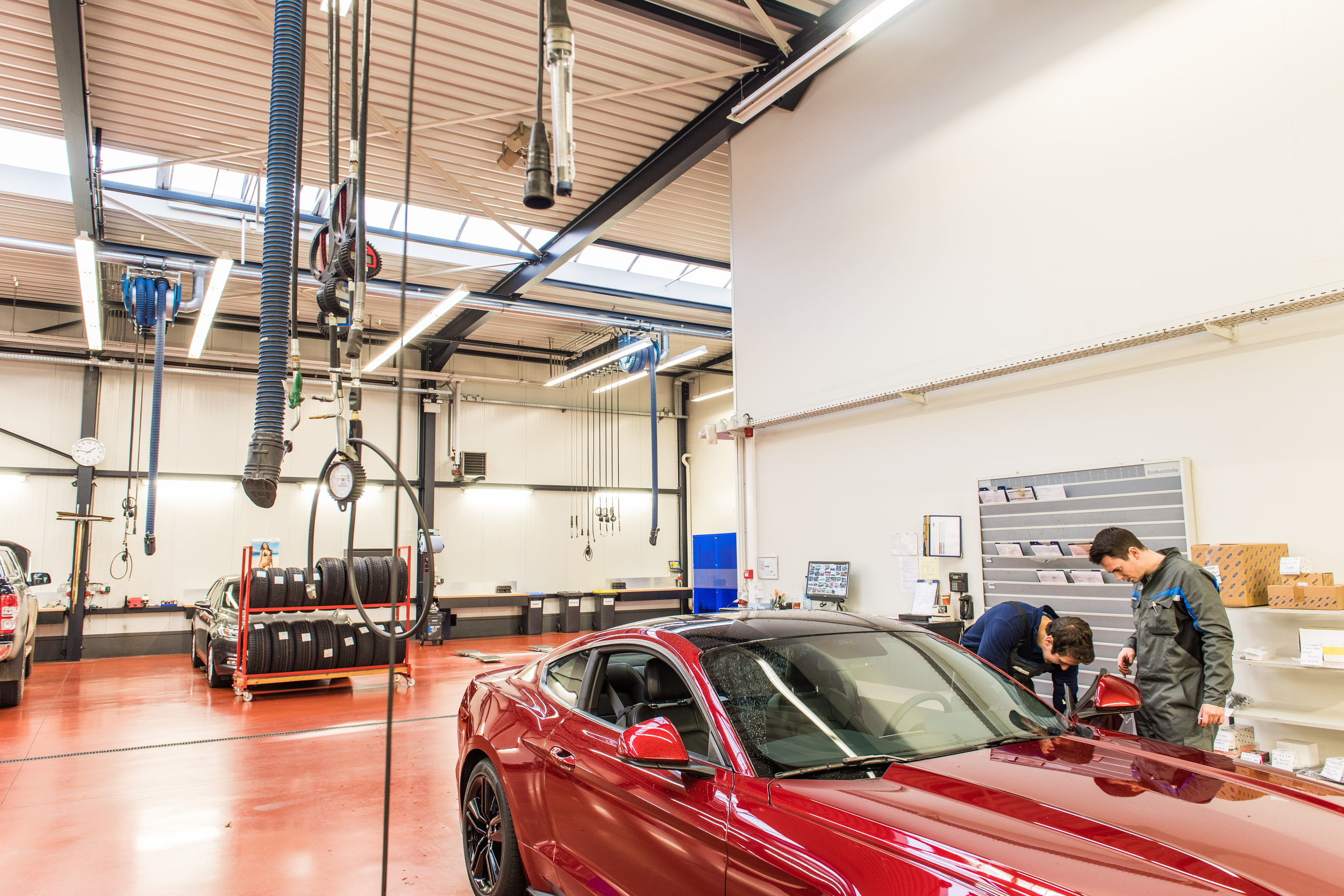Garage noyens groep van roey for Garage ford saint louis